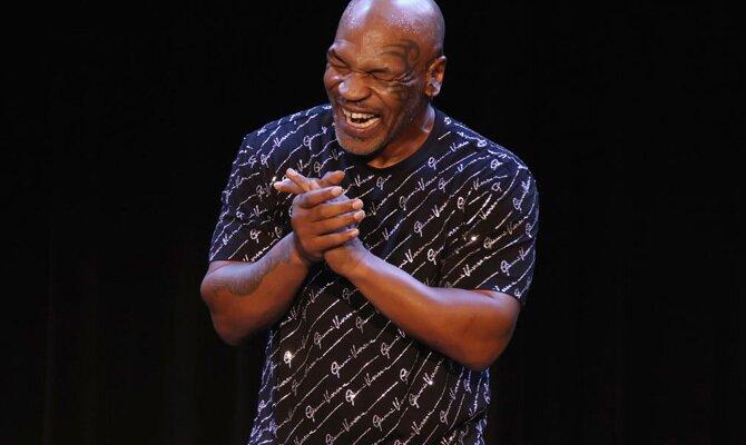 Boxeo Mike Tyson vs Roy Jones Jr.