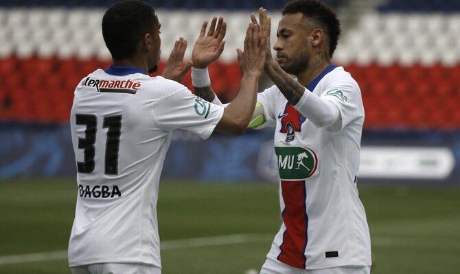 Imagen de Neymar celebrando un gol. Revisa las cuotas del PSG vs Manchester City de la Champions.
