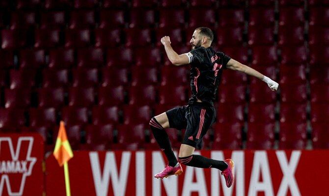 Karim Benzema celebra un gol en la imagen. Cuotas Athletic Club vs Real Madrid, LaLiga Santander