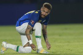 Neymar se ata las botas sobre el terreno de juego. Pronósticos de la Copa América, primera jornada.